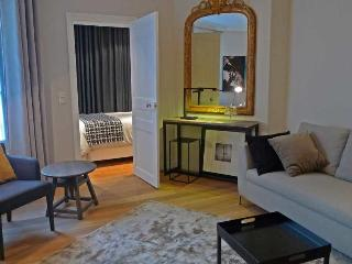 907 One bedroom Design  Paris Opera district - Paris vacation rentals