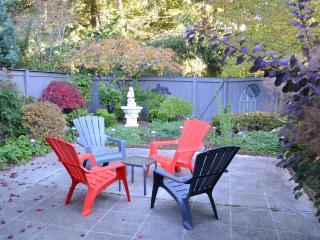 BELLEVUE Vacation Rental (sleeps 8) - Bellevue vacation rentals