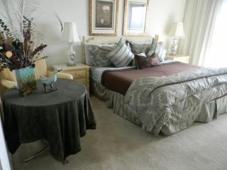 3bd-2b Direct Ocean 6th fl.Panoramic Views 55in TV - Florida Central Atlantic Coast vacation rentals