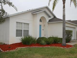 Room for 10 and private pool close to Disney - Clermont vacation rentals