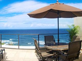 Puu Poa 405: Oceanfront 2br/2ba luxury penthouse, spectacular inside and out! - Princeville vacation rentals