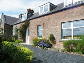 OWL COTTAGE, Jedburgh, Scottish Borders - Scottish Borders vacation rentals
