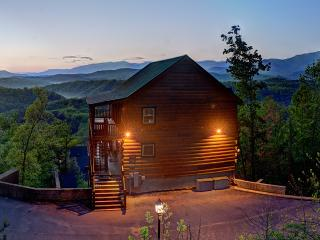 Magical Moose~Mtn Top 7/7.5 Awesome Mtn Views - Pigeon Forge vacation rentals