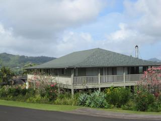 Spacious 3 BR Home! 12 minutes from Poipu Beach! - Waimea vacation rentals