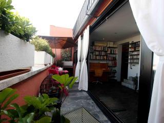 2Bd Penthouse / Madrid / Barrio de Salamanca - Madrid vacation rentals