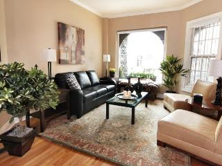 Magnificent Mile Gold Coast Luxury Brownstone [1] - Chicago vacation rentals