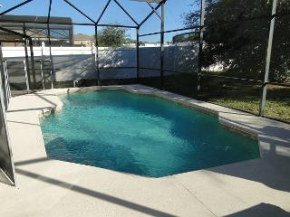 Large 4 Bedroom with private pool 20 min to Disney - Davenport vacation rentals