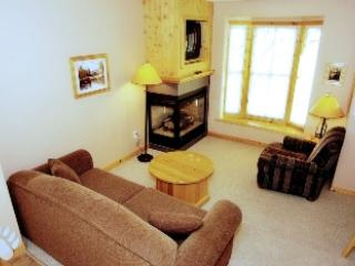 Living Room - Crystal Forest Condos - 01 - Sun Peaks - rentals