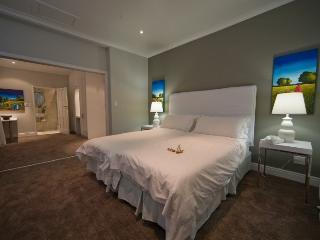 BOUGAINVILLEA - Cape Town vacation rentals