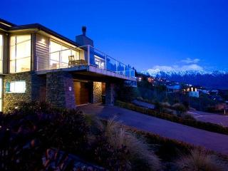 Galway Villa - South Island vacation rentals