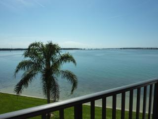 Beautiful Oceanfront Isla Del Sol Condo - Saint Petersburg vacation rentals