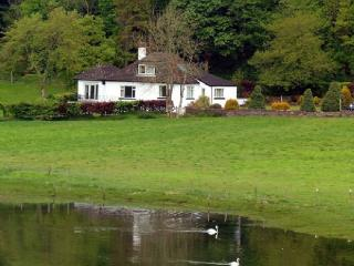 PITSTRUAN COTTAGE, Lerags Glen, Oban, Argyll, Scotland - Argyll & Stirling vacation rentals