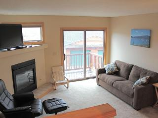 Spacious 3 Bed/3.5 Bath Summit County Townhome - Dillon vacation rentals
