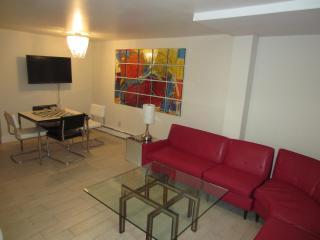 Andy Warhol designer apartment, Asbury Park, NJ - Asbury Park vacation rentals
