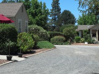Iva's Cottage & Garden House Sonoma Wine Country - Sonoma County vacation rentals