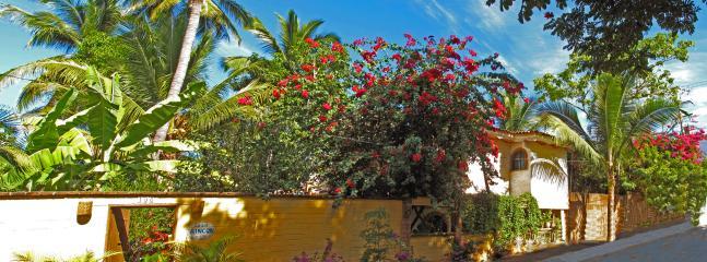 Casa Rincon - Casa Rincon - 4 bedroom house central Sayulita - Sayulita - rentals