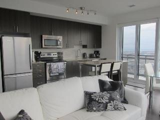 Penthouse Suite w Spectacular View - Toronto vacation rentals