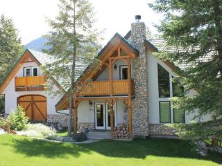 FM4955 - Private Home 5 bedrooms - Kootenay Rockies vacation rentals