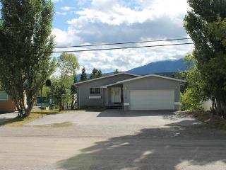 IT0811 - Private Home 3 bedrooms - Radium Hot Springs vacation rentals