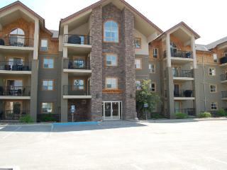 IW1415 - Lake Windermere Pointe Condo 2 bedrooms - Fairmont Hot Springs vacation rentals