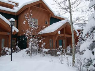 PRB034 - Riverbend Townhome 3 bedrooms - Radium Hot Springs vacation rentals