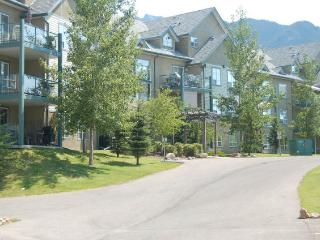 RPP303 - The Peaks Condo 2 bedrooms plus loft - Radium Hot Springs vacation rentals