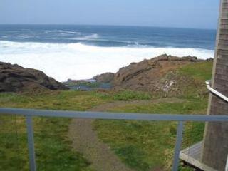 RSS Royal Pacific -Oceanfront Condo - Depoe Bay vacation rentals