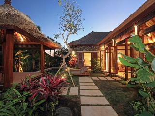 2 BR Villas in the Heart of Seminyak w/pool fence - Seminyak vacation rentals