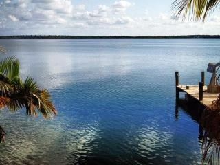 Bayfront Paradise (Casa Bella) Welcomes you to Key Largo - Key Largo vacation rentals