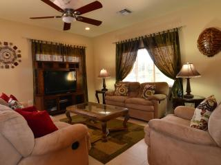 7 nights for $3,000, sleeps 14, close to beach - Grand Cayman vacation rentals