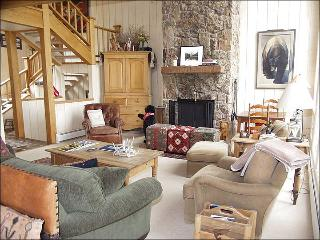 Large Deck with incredible views! - 2 Master Suites (1415) - Snowmass Village vacation rentals