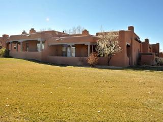 Villa del Norte is located in Las Campanas - mountain views, fireplaces... - Santa Fe vacation rentals