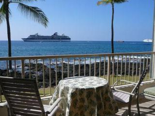 Recently Remodeled  - KONA REEF- Ocean Front!!! - Kailua-Kona vacation rentals