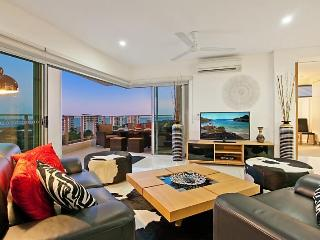 Beachlife Sands Luxury Condo, Sleeps up to 8 - Top End vacation rentals