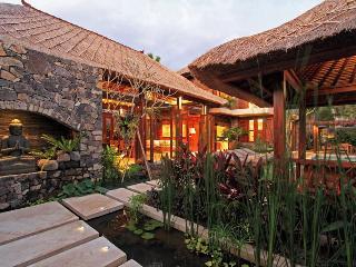 3 BR Villas in the Heart of Seminyak w/pool fence - Seminyak vacation rentals