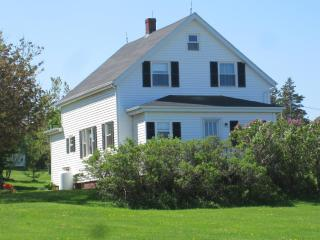Perfect Sea View in the centre of Anne's Land  PEI - Prince Edward Island vacation rentals