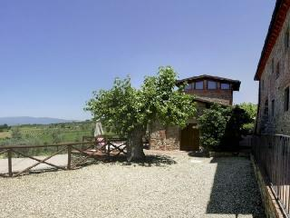 Valdarno 1 Lovely farmhouse rental in Tuscany - Pergine Valdarno vacation rentals