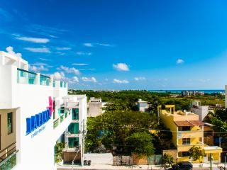 1 BedStudio in 5th av 2blocks from beach donwtonw - Playa del Carmen vacation rentals
