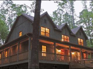 THE ERSKINE - Fayetteville vacation rentals