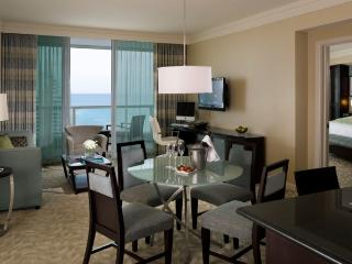 FountaineBleau Resort Tresor Tower Jr. Suite - Miami Beach vacation rentals