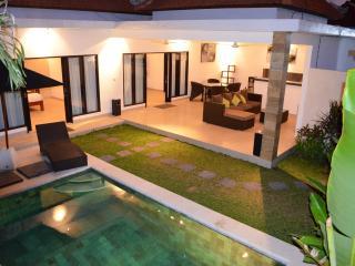 Lokasi Villa- Luxury 2BR Private Villa in the heart of Seminyak. - Seminyak vacation rentals