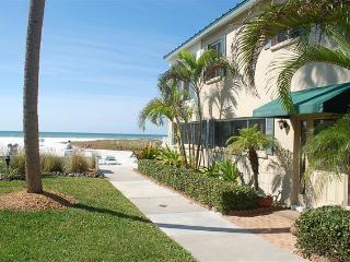 Siesta Key Beach House*nowiretransfersaccepted* - Siesta Key vacation rentals