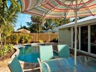 Sitting area - Tortuga-212 81st St - Holmes Beach - rentals