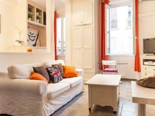 Beaches, Shops, Restaurants are Steps Away - Lovely 1 Bedroom Cannes Apartment - Cannes vacation rentals