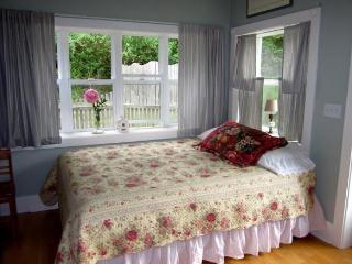The Rose Cottage on Orcas Horse Farm - Deer Harbor vacation rentals
