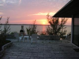 Baycienda Villa with guest house available! - Eleuthera vacation rentals