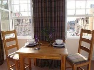 Luxury studio in the heart of Edinburgh's Old Town - Edinburgh vacation rentals