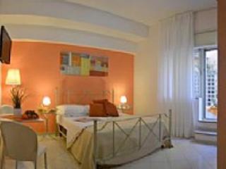 Appartamento Plinia A - Image 1 - Sorrento - rentals
