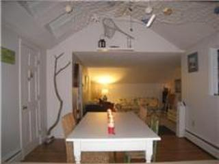 Adorable 2 Bdr Cottage Apartment _ Casino Beach - Image 1 - Cape Elizabeth - rentals
