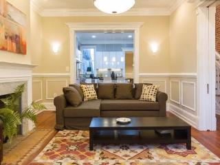 4Bedrooms Sleep 10, Walk 2 Convention Center,Metro - Washington DC vacation rentals